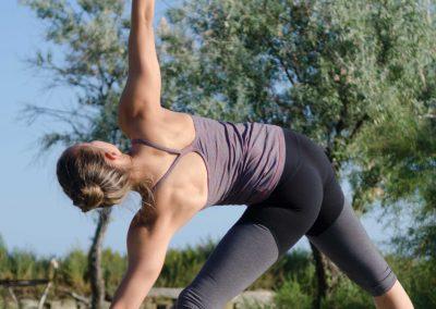utthita-trikonasana-yoga-marion-montpellier-ashtanga-vinyasa