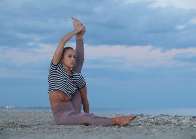 cours-yoga-marion-montpellier-ashtanga-vinyasa